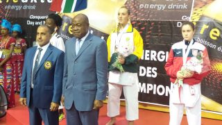 medal ceremony with the Sports Minister of Cameroon